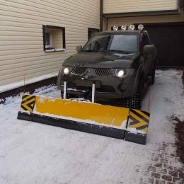 Снежный отвал для пикапа
