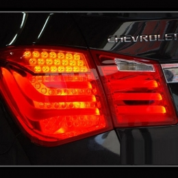Задняя оптика для Chevrolet Cruze SD(2009-), BMW-Style V2, LED, Red