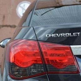 Задняя оптика для Chevrolet Cruze SD (2009-) BMW-Style V1 Smoke