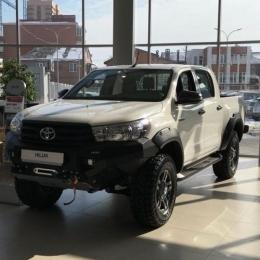 Расширители колёсных арок Toyota Hilux 2015-