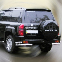 Защита заднего бампера для Nissan Patrol уголки двойные (d76/d42) (2014-)