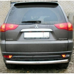 Защита заднего бампера для Mitsubishi Pajero Sport (d76)